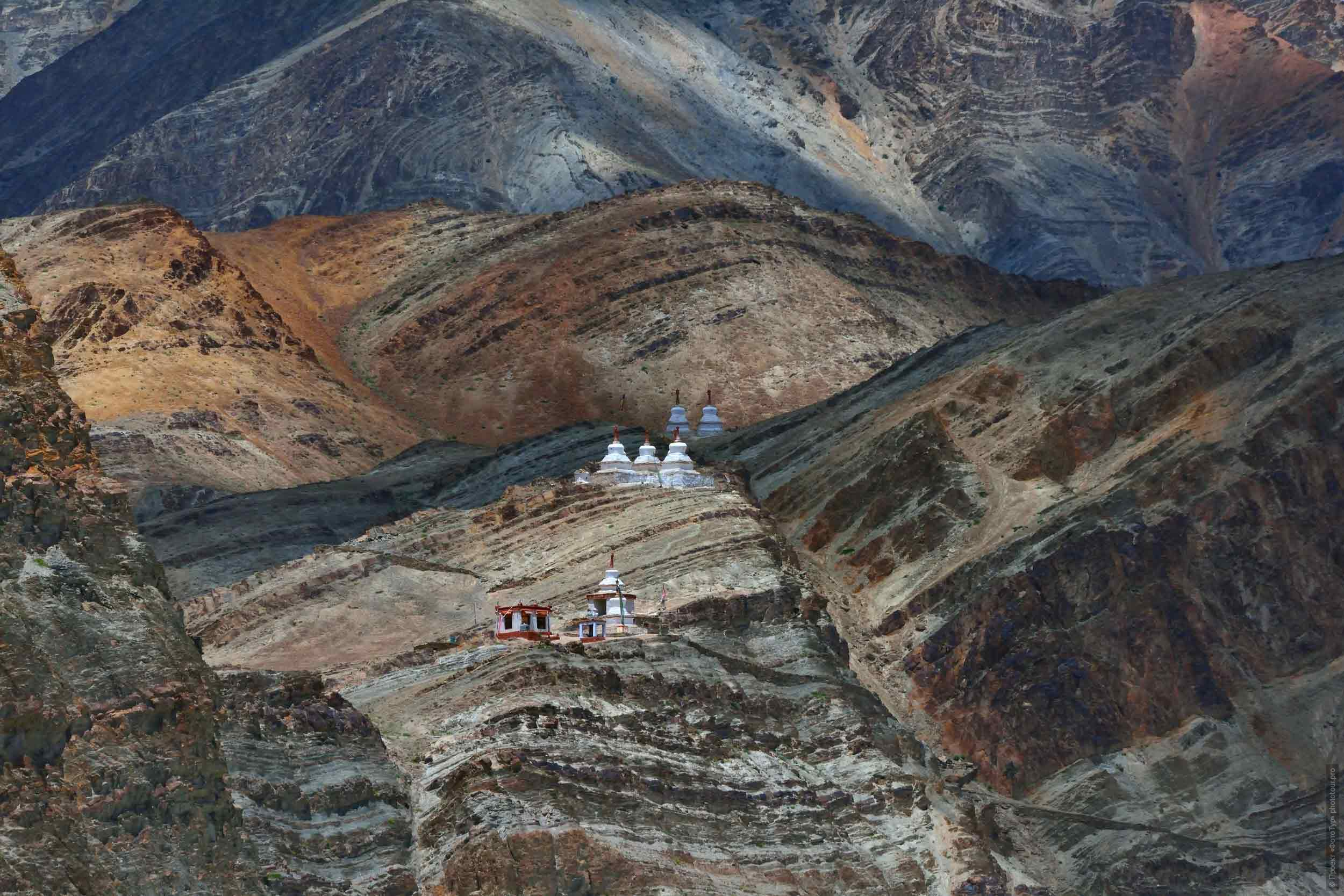 Aryan valley Da Khan. Tour Legends of Tibet: Ladakh, Lamayuru, Da Khan and Nubra, 19.09. - 28.09.2019 G.