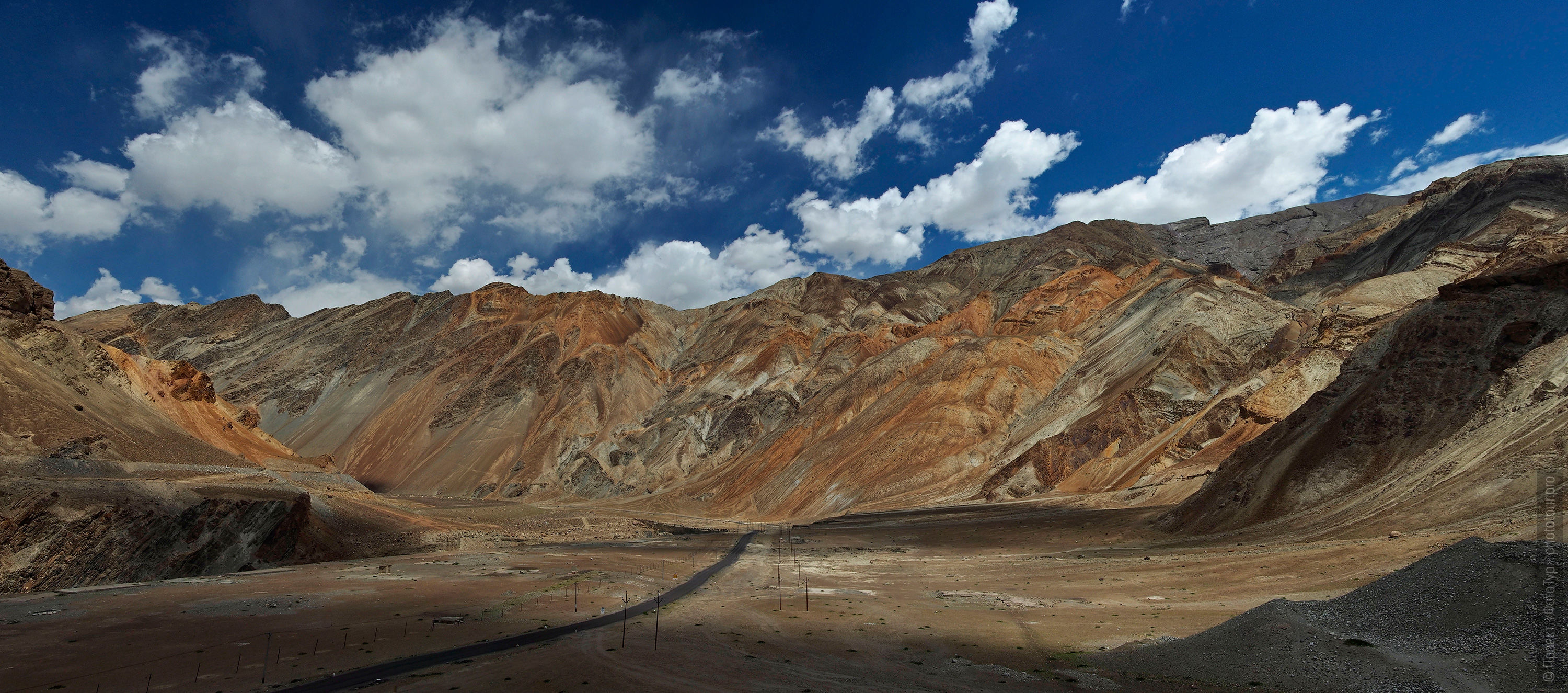 Da Hanu Valley. Tour Legends of Tibet: Ladakh, Lamayuru, Da Khan and Nubra, 19.09. - 28.09.2019 G.