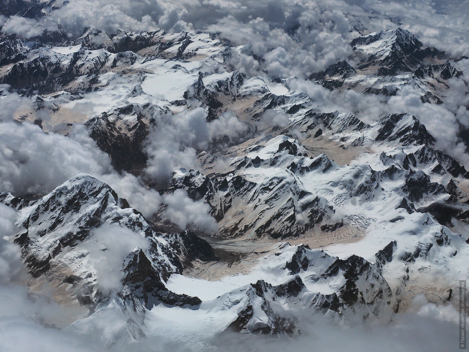 Mountain ranges of Ladakh. Photo tour to Tibet for the Winter Mysteries in Ladakh, Stok and Matho monasteries, 01.03. - 03/10/2020