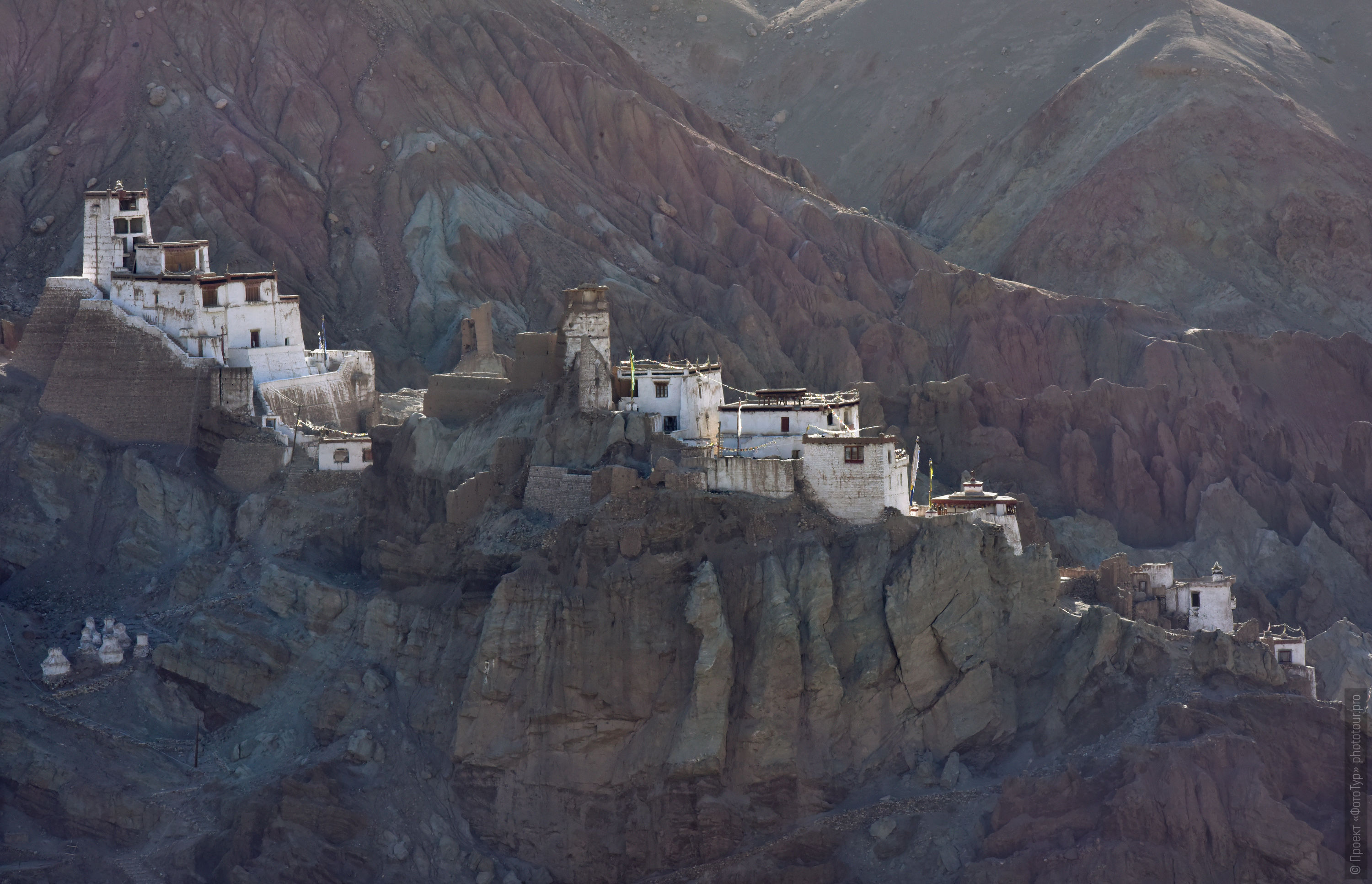 Buddhist monastery of Basgo Gonpa. Photo tour to Tibet for the Winter Mysteries in Ladakh, Stok and Matho monasteries, 01.03. - 03/10/2020