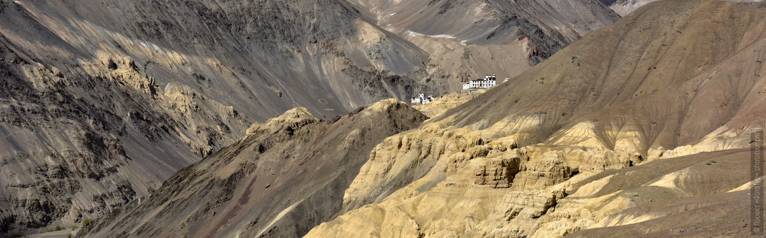 Moon Land, Lamayuru. Photo tour to Tibet for the Winter Mysteries in Ladakh, Stok and Matho monasteries, 01.03. - 03/10/2020