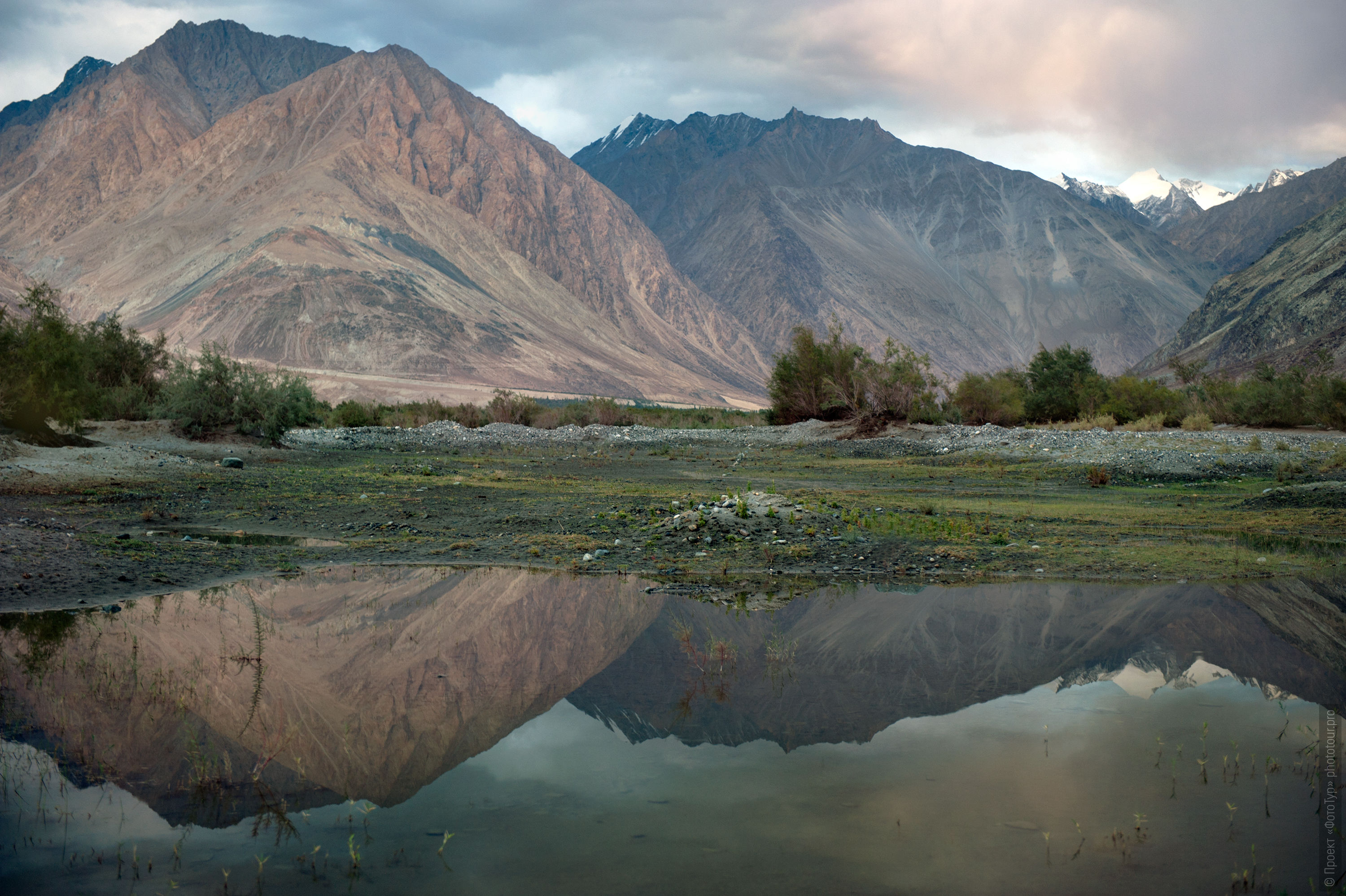 Evening photography in Nubra Valley, Ladakh. Photo tour in Nubra valley, October 2017.