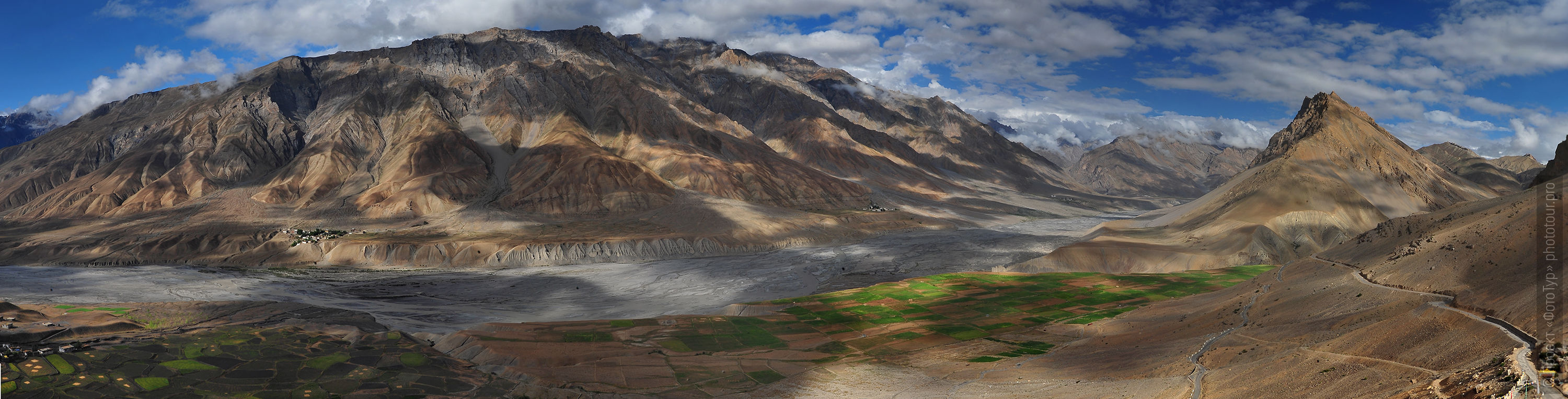 View of the valley from the roof of the monastery of Spiti Ki, Spiti Valley, Himalayas. Photo tour to the valley of Spiti, in August 2017.