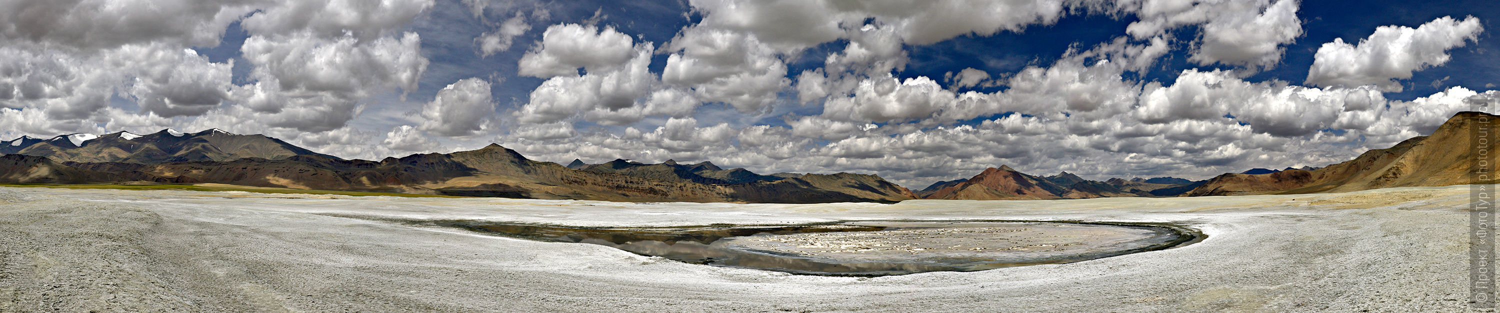 Salt flats of Lake Tso Kar, Ladakh. Expedition Tibet Lake-2: Pangong, Tso Moriri, Tso Kar, Tso Startsapak, Leh-Manali highway.