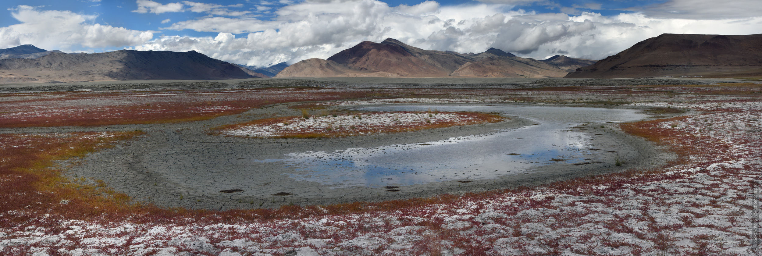 Lake Tso Kar. Tour for artists in Tibet: Watercolor-1: Watercolor painting in Ladakh with Pavel Pugachev, 04.08. - 16.08. 2018