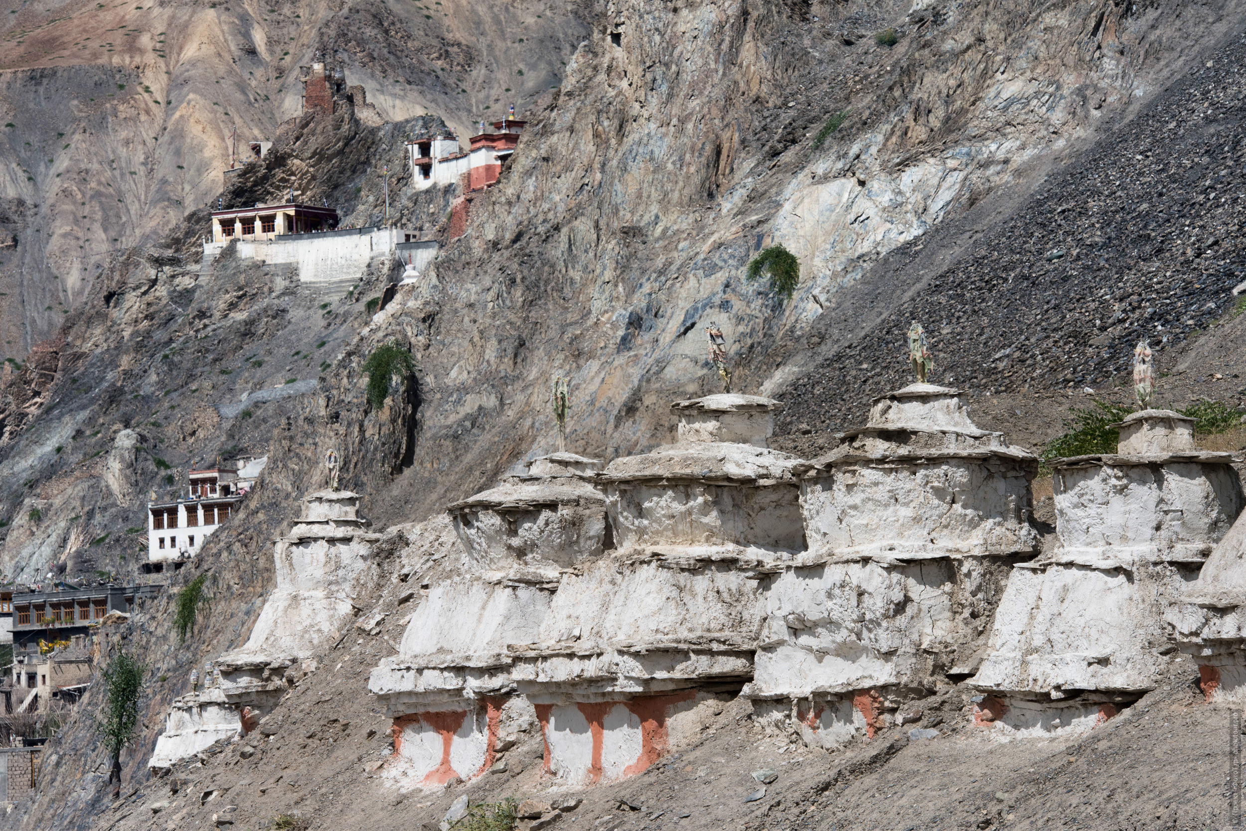 Vanla Gonpa. Tour for artists in Tibet: Watercolor-1: Watercolor painting in Ladakh with Pavel Pugachev, 04.08. - 13.08. 2019.